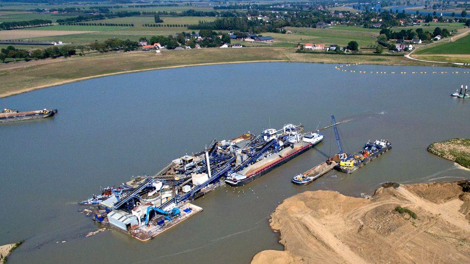 Royal Smals Vierlingsbeek Zandverwerkingsinstallatie.