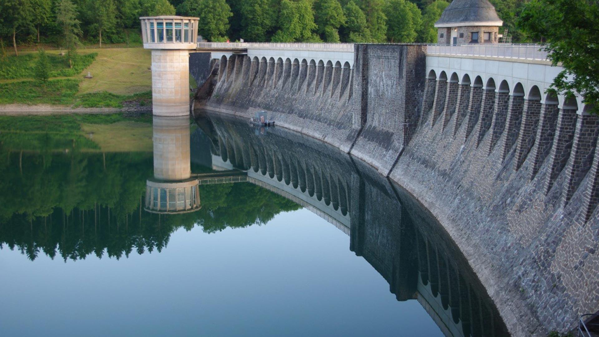 Maintenance of a little dam and new area development Siegen Germany.