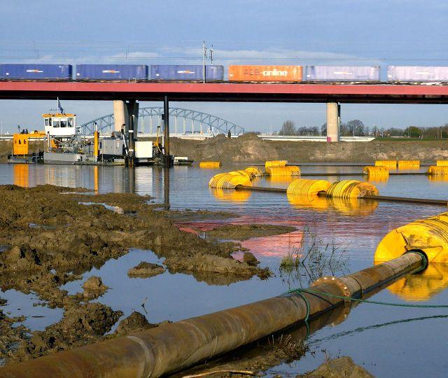 IJssel Zwolle, The Netherlands <br> 'Ruimte voor de Rivier'.