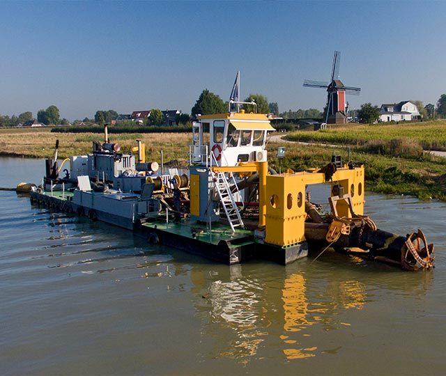 Royal Smals Dredging and<br>inland water management.