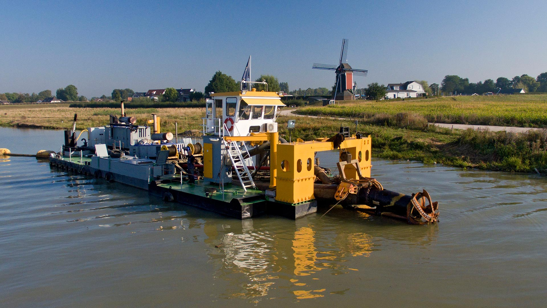 Royal Smals was established in 1885 and is a worldwide dredging company now.